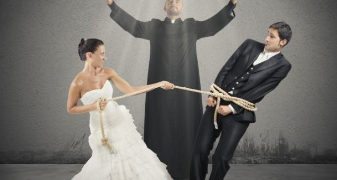 Financial Benefits of Marriage vs. Single